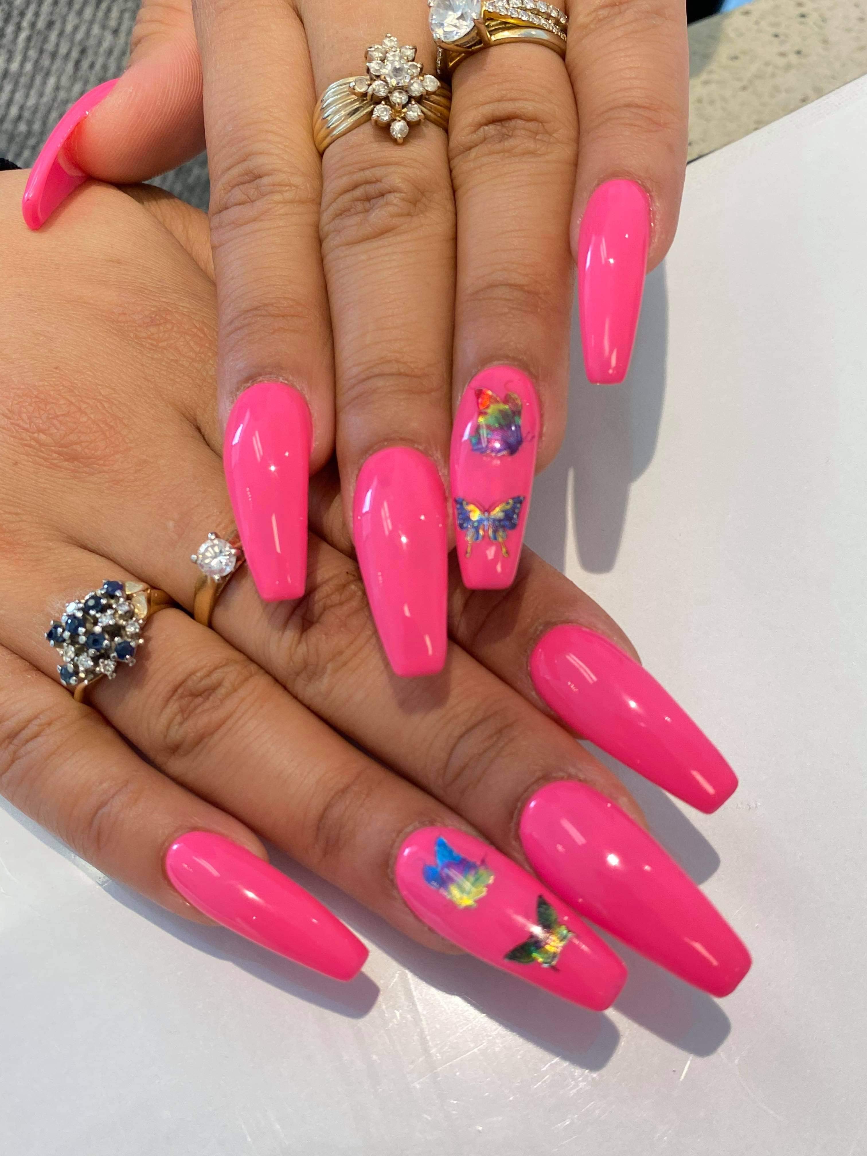 Nails Design V9B 3R5